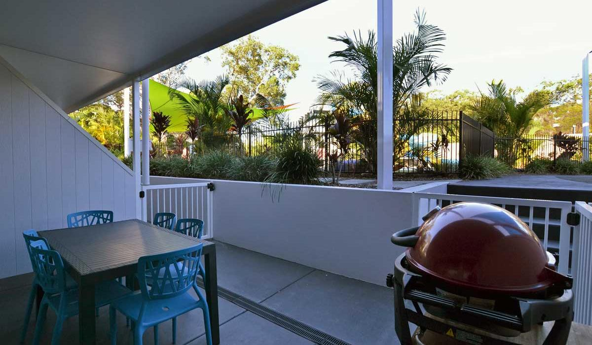 Poolside Penthouse Alfresco Dining with personal BBQ