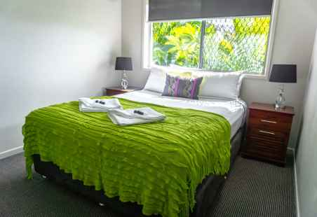 Garden House 39 Main Bedroom