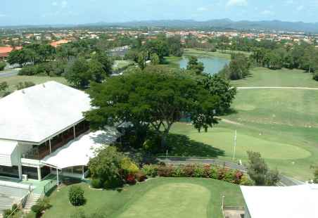 Surfers Paradise Golf Club is located a short 10 min drive from Nobby Beach Holiday Village