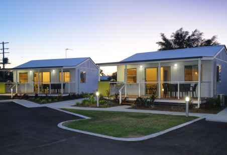 Deluxe Tropical Villa External